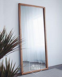 Зеркало в полный рост в раме из дуба. Покрыто мебельным маслом. #зеркало #зеркаловраме #интерьер #лофт #loft #mirror #Scandinavian #scandinavianinterior #interiordesign