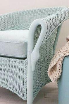 love this aqua wicker chair