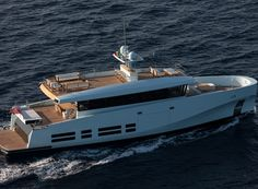 Wally Yachts has come out with a new displacement yacht that has the ability to make a nonstop trip across the Atlantic Ocean. The 27 Wallyace offers Yacht Design, Boat Design, Luxury Yachts, Luxury Cars, Wally Yachts, Explorer Yacht, Family Boats, Deck Stairs, Power Boats