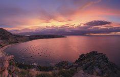 Lake Titicaca, the border of Peru and Bolivia Lago Titicaca Peru, Lac Titicaca, Copacabana Bolivia, Paraiso Natural, Bolivia Travel, Pink Lake, Beautiful Sunset, Vacation Trips, Tourism