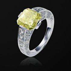 White Gold Diamond Engagement Ring G34L2600 - Piaget Wedding Jewelry Online