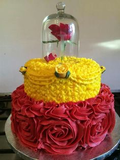Beauty and The Beast Princess Belle cake.I want to do this cake for Angelina's Sweet 16 cake. Belle is her favorite! Fancy Cakes, Cute Cakes, Yummy Cakes, Beautiful Cakes, Amazing Cakes, Beauty And The Beast Theme, Beauty And The Beast Birthday Cake, Beauty And The Beast Cupcakes, Disney Cakes