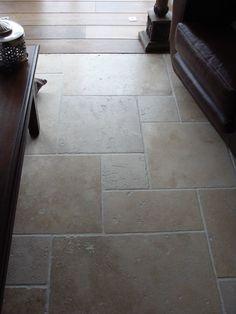 Kalksteen vloer gris foussana via kersbergen for Interieur 928