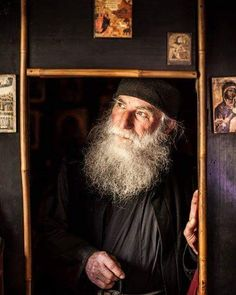 The soul after death, by St John Maximovich Old Man Pictures, John Michael Talbot, Russian Folk Songs, Spiritual Warrior, Life After Death, Russian Orthodox, Orthodox Christianity, Religious Icons, Kirchen