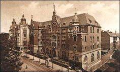 Grand Hotel na pocztówce z I poł. XXw., obecna siedziba Muzeum Śląskiego.