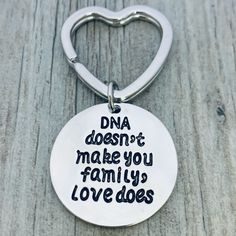 Step Parent Keychain, Gift for Mom, Gift for Dad, Mothers Day Gift, Father's Day! This gorgeous DNA Doesn't Make You Family Love Does Keychain is the perfect gift for him or for her. Moms, Dads and Friends will love this keychain and the meaning behind it. This keychain represents infinite love for that special someone. STEP PARENT JEWELRY- Step Mom, Step Dad, Step Child charm keychain APPRECIATION- What better way to show your appreciation than with a unique keychain FRIEND KEYCHAIN- DNA… Creative Mother's Day Gifts, Unique Gifts For Dad, Diy Gifts For Mom, Diy Father's Day Gifts, Father's Day Diy, Gifts For Friends, Step Mothers Day, Mothers Day Gifts From Daughter, Best Mothers Day Gifts