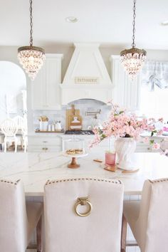 Kitchen styles french Elegant French Farmhouse Spring to Summer Kitchen Styled With Lace Farmhouse Lighting Elegant Farmhouse French french Farmhouse Lighting kitchen Lace spring Styled Styles Summer French Country Kitchens, French Country Cottage, Country Farmhouse Decor, French Country Style, French Country Interiors, French Country Bedrooms, Farmhouse Lighting, French Decor, French Country Decorating