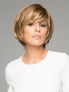 Copper Layered Bob with Bangs - 50 Classy Short Bob Haircuts and Hairstyles with Bangs - The Trending Hairstyle Cute Bob Haircuts, Choppy Bob Hairstyles, Haircuts With Bangs, Wig Hairstyles, Bobs For Thin Hair, Thick Hair, Short Wigs, Synthetic Lace Front Wigs, Synthetic Wigs