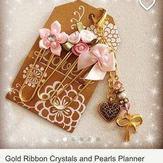 I am so in love with this planner charm and matching paper clips from Crafter's Retreat on Etsy. My #erincondren #teacherplanner is going to be even more adorable!!!❤️