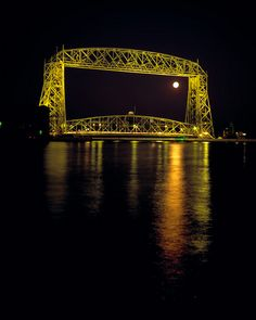 DP16  Duluth's Areial Lift Bridge  www.phawkinsphoto.com  Peter Hawkins©1992