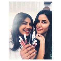 Priyanka Chopra was in Mumbai for just 24 hours and the stunning actress managed to do a lot. Besides walking the ramp in a gorgeous Manish Malhotra sari, Chopra, paid a visit to her old friend Katrina Kaif's house on Sunday to . Katrina Kaif House, Glam Makeup, Party Makeup, Bollywood Stars, Bollywood Fashion, Bollywood Celebrities, Bollywood Actress, Perfect Selfie, Jacqueline Fernandez