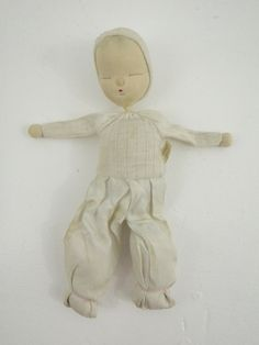 Shackman Sleepy Baby Doll Toy Japan Cloth Floppy Head Sleeping 50s Patent Tag by TraSheeWomen on Etsy #shackman #shackmandoll #sleepybaby #sleepybabydoll #sleepingbabydoll #sleepingbaby #floppyheaddoll #floppyhead #floppy #floppydoll