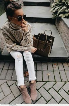 ❤❤ Taupe turtleneck knit sweater & suede booties, white skinny jeans, chocolate brown handbag