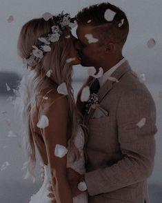 Wedding Goals, Wedding Tips, Diy Wedding, Wedding Photos, Dream Wedding, Wedding Day, Married Couple Photos, Couple Ulzzang, Dear Future Husband