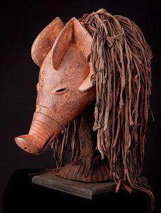 Mask : Chokwe / Tshokwe pig, Angola
