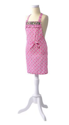 An apron for my little helper... hmmmm.... Could probably make one cheaper but this is so cute!
