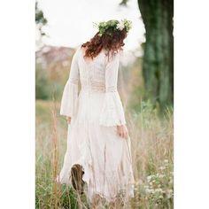 -Adornmants-  follow--> @heat_tom21  Film/fuji pro 400 H / nikon N65 /85mm 85mm (Natral light)  #film #filmisnotdead #analogfeatures #lifeofadventure #shootfilmstaybroke #filmsociety #believeinfilm #vscocam #vsco #filmcommunity #luminousportrait  #model #flowercrown #vintage #beauty #beautiful #photograph #photographer #photography #girl #analogue #bride #kodakportra #nikon #85mm #fujipro400h #fuji