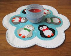 PDF PATTERN: Penguin Penny Rug sewing tutorial - felt candle mat pattern - DIY Decoration - Holiday accessory - Christmas Homewares