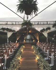 Wedding Planning Advice For Throwing The Perfect Wedding Wedding Goals, Wedding Themes, Destination Wedding, Wedding Planning, Wedding Ideas, Wedding Favors, Outside Wedding, Wedding Ceremony, Wedding Venues
