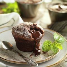 Chocolates Gourmet, Love Is Sweet, Great Recipes, Cupcakes, Delish, Recipies, Deserts, Pudding, Cooking
