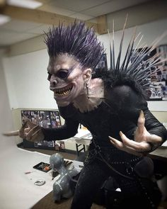 Awesome Ryuk from Death Note  Cosplayer instagram.com/hall.of.hollands.horrors