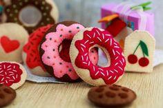 """игрушечная еда из фетра """"Чаепитие"""" в каталоге Игрушки на Uniqhand - сладости, развивающая игрушка, пончик, фетр"""