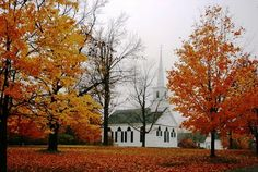 Country Church in autumn! New Salem Mass. Old Country Churches, Old Churches, Salem Mass, Most Haunted Places, New York, Place Of Worship, Oh The Places You'll Go, That Way, New England