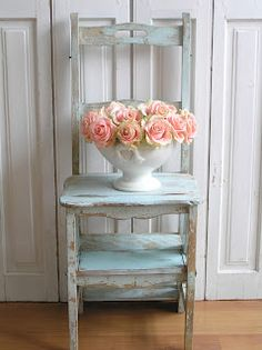 Pastels and Whites: Brocante trap stoel / old stool/stepladder