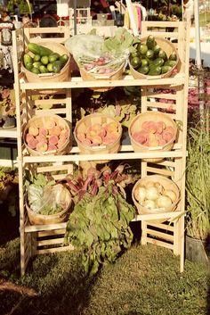 farmers market display, vegetable baskets, produce display