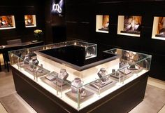 Montblanc's concept store in Beijing. #retail #interiordesign #displaycase