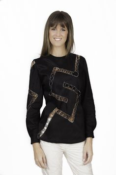 Textiles, Color Negra, Celebrities, Jackets, Fashion, Black Blouse, Black And White, Linen Shirts, Hand Embroidery
