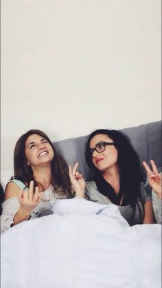 I love these two! (Elise Bauman and Natasha Negovanlis )