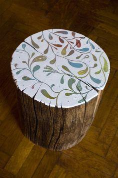 Log-table by Mondo • Mombo.