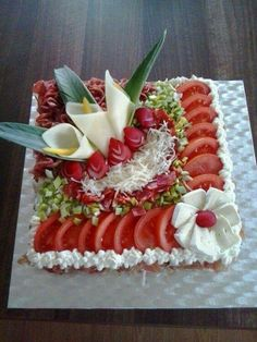 inspiration from the net - Food Carving Ideas Food Design, Cute Food, Yummy Food, Yummy Snacks, Creative Food Art, Food Carving, Sandwich Cake, Food Garnishes, Garnishing