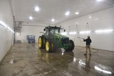 Working Out Area, Bank Barn, Warehouse Home, Barn Shop, John Deere Equipment, Agricultural Buildings, Container Shop, Custom Garages, Farm Tools
