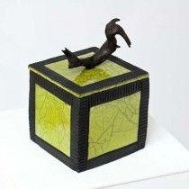 Boîte carrée verte céramique raku et bois flotté, Anne THIELLET, céramiste Raku