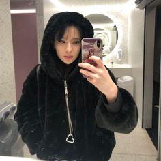 E girl, Selfie, Fashion, chain, electro, techno