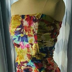 "BB DAKOTA Watercolor dress 3XHOST PICK 1/23/16, 2/17/16 and 3/11/16!  Effortless grace for any event. Strapless multi color dress with watercolor print. Cotton material and cotton lining with light boning front and back for structure. Worn twice, pristine condition. You put on  this dress and feel RADIANT. Bust, laying flat:  15.5"" Waist, flat: 14"" Length from top to bottom:  26"" Price is FIRM. BB Dakota Dresses Strapless"