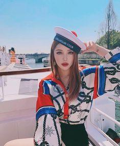 Pony-Park Hye Min-Pony-Park Hye Min Ulzzang-Korean makeup artist-Pony b . Korean Make Up, Cute Korean Girl, Asian Girl, Bayalage, Park Hye Min, Pony Makeup, Beauty Night, Ninja Girl, K Fashion
