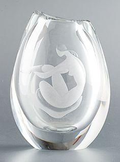 Orrefors - C. 1956 Vase is by Vicke Lindstrand for Orrefors.