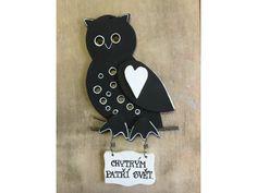 Černobílá sovička jako dekorace závěsná na zeď. Vhodná zejména pro všechny studované :) Enamel, Barn Owls, Vitreous Enamel, Enamels, Tooth Enamel, Glaze