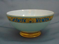 Offered for purchase is a beautiful Paroutaud Freres (PP) Limoges Arts  Crafts Stylized Peacock Feather Design Bowl (c.1903-1917)