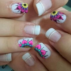 me encanta este modelo de uñas Love Nails, Pretty Nails, My Nails, Nail Polish Designs, Nail Art Designs, Nagel Stamping, Mandala Nails, French Tip Nails, Nail Decorations
