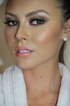 Wedding Makeup Eyeshadow Tips to make it Last Longer
