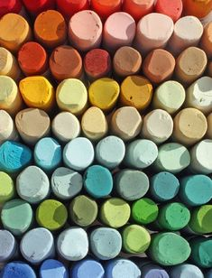 6 steps to better Pastels - How To - Artists & Illustrators - Original art for sale direct from the artist Art Pastel, Pastel Artwork, Pastel Drawing, Pastel Paintings, Pastel Colors, Crayons Pastel, Chalk Pastels, Soft Pastels, Original Art For Sale