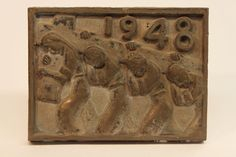 Class of 1948 bronze time capsule cover