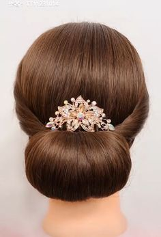 Top hairstyles in no time 💕💕 Super Easy Hairstyles, Bun Hairstyles For Long Hair, Braided Hairstyles, Beautiful Hairstyles, Updo Hairstyle, Hairstyle Ideas, Front Hair Styles, Medium Hair Styles, Hair Style Vedio