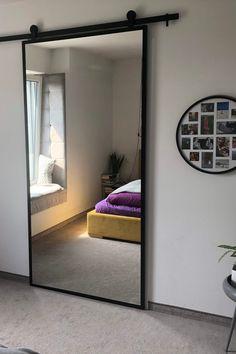 Drzwi przesuwne metalowe model LARA – lustro w stalowej ramie Home Room Design, Home Interior Design, Interior Barn Doors, House Rooms, Design Case, Bedroom Decor, Home Decor, Full Mirror, Mirror Door