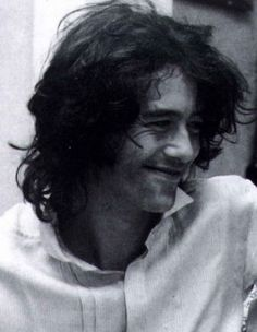 Jimmy Page of Led Zeppelin Love this picture of him Jimmy Page, Jimmy Jimmy, Led Zeppelin, Great Bands, Cool Bands, Rock N Roll, John Paul Jones, John Bonham, Raining Men