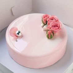 pink, cake, and dessert image Beautiful Desserts, Beautiful Cakes, Amazing Cakes, Patisserie Fine, Decoration Patisserie, Mousse Cake, Cake Decorating Techniques, Fancy Cakes, Pretty Cakes